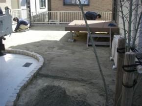 芝張の下地作り 完了