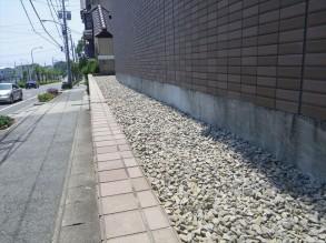 防草シート 完了です。 砕石 13~20mmを敷いています。