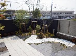 庭造り 完了